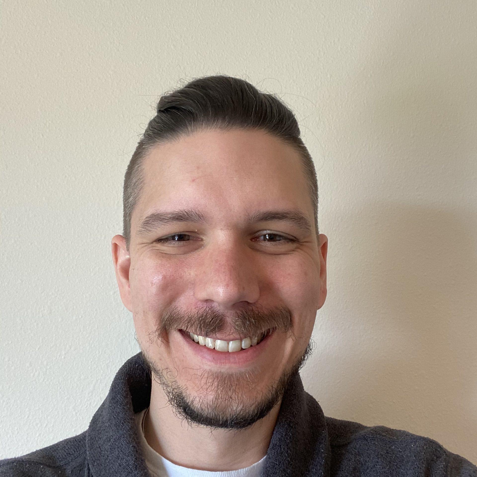 Profile Pic - Jason Abrahamzon